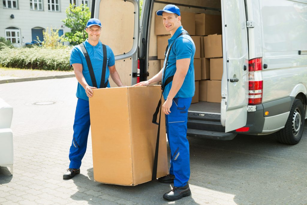 LUCKY MOVERS & PACKERS UAE