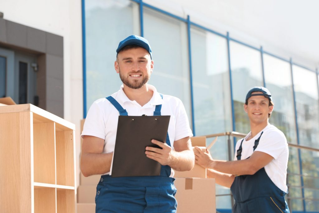 lucky movers & packers in fujairah